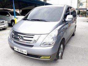 Silver Hyundai Starex 2015 at 42000 km for sale