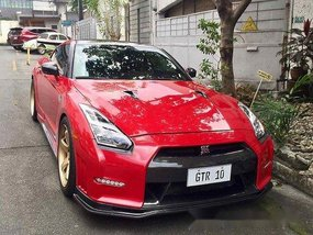 Selling Red Nissan Gt-R 2010 Automatic Gasoline