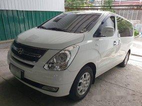 Sell White 2011 Hyundai Grand Starex at 80000 km