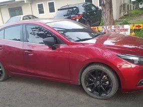 Selling Red Mazda 3 2018 Sedan at 6000 km