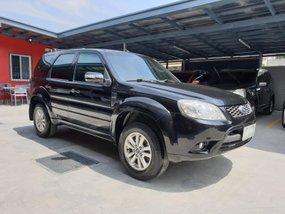 Selling Black Hyundai Santa Fe 2013 Diesel Automatic in Las Pinas