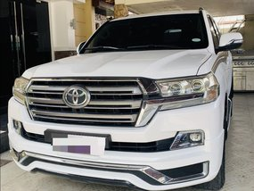 2018 Toyota Land Cruiser for sale in Manila