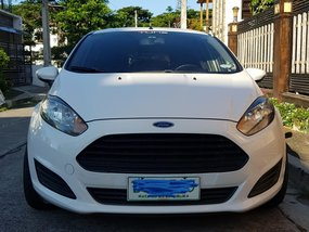White 2014 Ford Fiesta Hatchback for sale