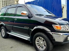 Used Isuzu Crosswind 2010 for sale in Parañaque