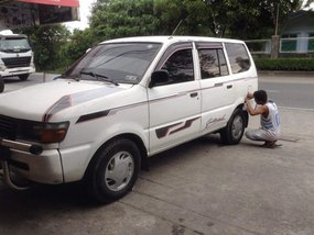 2nd-hand Toyota Revo Diesel 2000 Model for sale in Bacoor