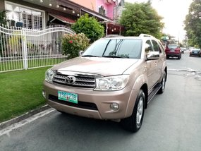 2nd-hand Toyota Fortuner 2011 for sale in Las Piñas