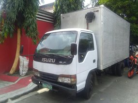 Second-hand Isuzu Elf 2008 for sale in Quezon City