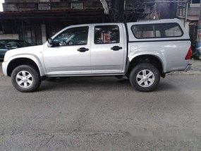 Silver Isuzu D-Max 2011 at 60000 km for sale