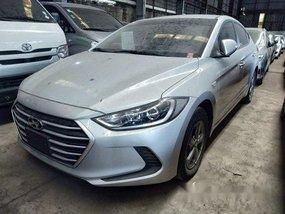 Selling Silver Hyundai Accent 2018 in Makati