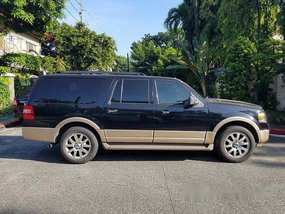 Selling Black Ford Expedition 2012 at 16200 km