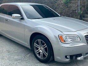 Selling Chrysler 300c 2013 in Pasig