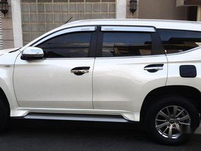 White Mitsubishi Montero sport 2017 at 35000 km for sale