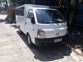 White Hyundai H-100 2011 at 70000 km for sale in Quezon City