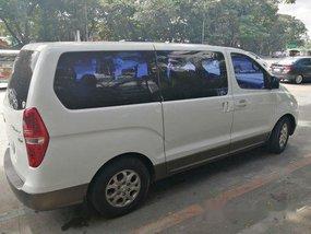 Selling White Hyundai Grand starex 2008 Manual Diesel at 70000 km