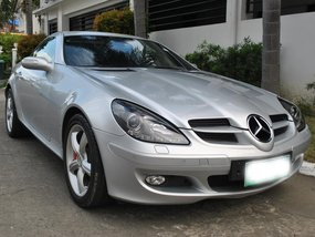 Silver Mercedes-Benz Slk 350 2004 at 40000 km for sale