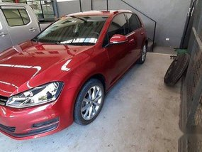 Selling Red Volkswagen Golf 2016 Automatic Gasoline at 5000 km