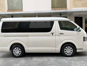 2012 TOYOTA HIACE SUPER GRANDIA (Top of the Line) 60tkms mileage only Automatic Diesel