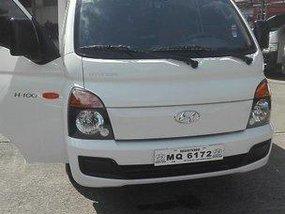 Selling White Hyundai H-100 2016 Manual Diesel