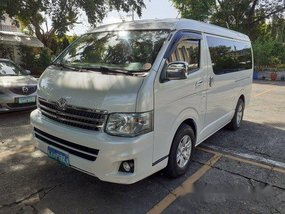 Sell White 2013 Toyota Hiace at 66000 km