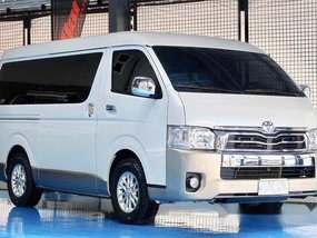 Selling White Toyota Hiace 2016 in Quezon City
