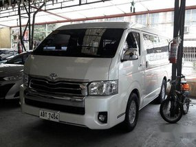 White Toyota Hiace 2016 at 38639 km for sale