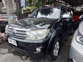 Black Toyota Fortuner 2009 for sale in Quezon City