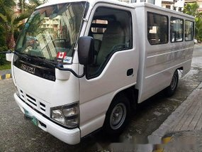 Selling Isuzu ELF 2008 at 200000 km