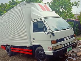 2004 Isuzu Nhr Truck for sale in Quezon City