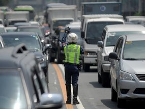 A primer to traffic congestion in the Philippines: The causes, effects, and possible solutions