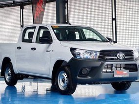 White Toyota Hilux 2019 Manual Diesel for sale