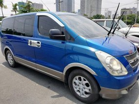 Selling Blue Hyundai Grand starex 2008 at 107000 km
