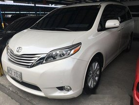 Selling Toyota Sienna 2016 at 35329 km