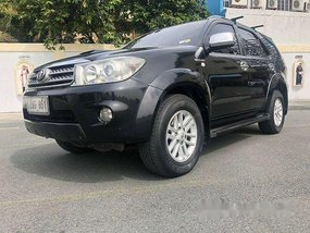 Black Toyota Fortuner 2010 Automatic Diesel for sale