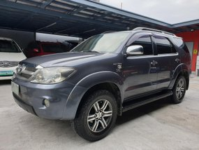 Toyota Fortuner 2005 G Gas Automatic