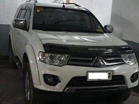 White Mitsubishi Montero sport 2014 Automatic Diesel for sale