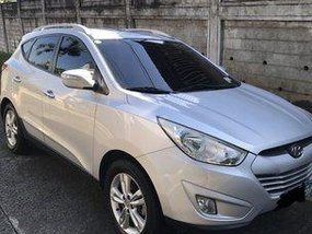 Grey Hyundai Tucson 2012 at 77800 km for sale