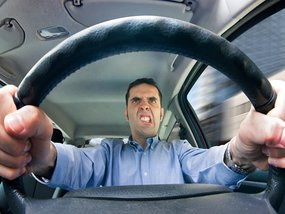 This is how you can prevent aggressive driving and road rage