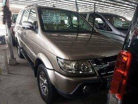 Sell Beige 2013 Isuzu Crosswind at Automatic Diesel
