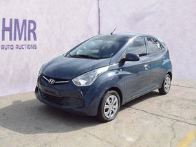 Selling Blue Hyundai Eon 2019 at 25326 km