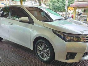 White Toyota Corolla altis 2016 Automatic Gasoline for sale