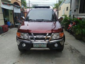 Red Isuzu Crosswind 2010 for sale in Quezon City