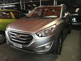 Selling Hyundai Tucson 2015 at 48316 km