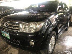 Black Toyota Fortuner 2010 at 58000 km for sale