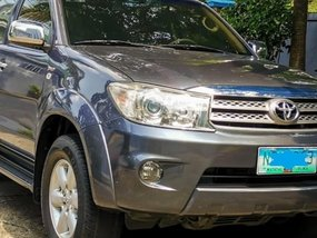 Toyota Fortuner 2010 for sale in Makati