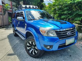 Selling Blue Ford Everest 2011 Manual Diesel