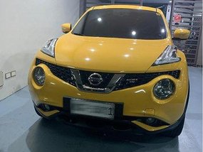 Yellow Nissan Juke 2016 Automatic Gasoline for sale