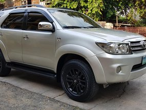 2010 Toyota Fortuner G 2.5 D4D Diesel Automatic