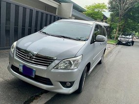 Silver Toyota Innova 2012 at 95000 km for sale