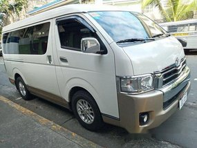 White Toyota Hiace 2015 at 71721 km for sale