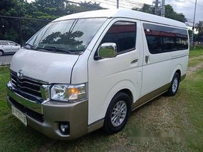 White Toyota Hiace 2018 at 22000 km for sale